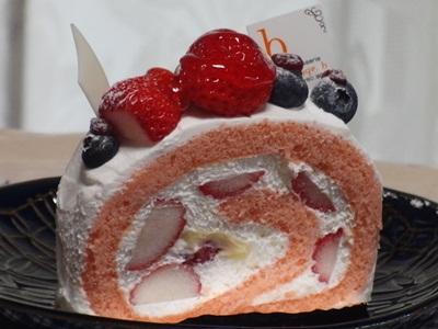 オレンジアッシュ いちごのロールケーキ