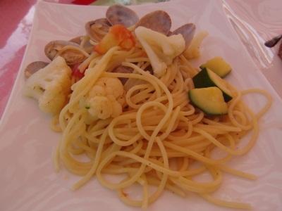 アサリと野菜のスパゲティ