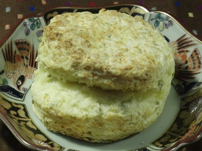 スコーン カッテージチーズ&キャラウェイ